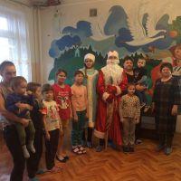 Волонтеры в детском отделении стационара ОБУЗ Льговская ЦРБ_4