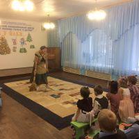 Волонтеры в Железногорском приюте_5
