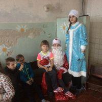 Волонтеры в детском отделении стационара ОБУЗ Льговская ЦРБ_1