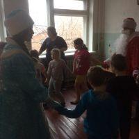 Волонтеры в детском отделении стационара ОБУЗ Льговская ЦРБ_3